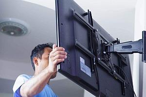 Montaż telewizora uchwyt regulowany